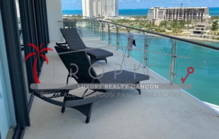 Marina Condos 9th Floor